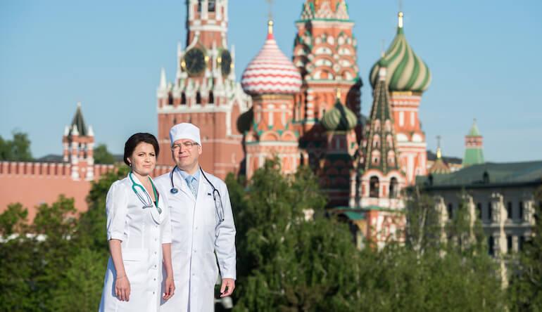 Доктор Никонов и Лилия Никонова